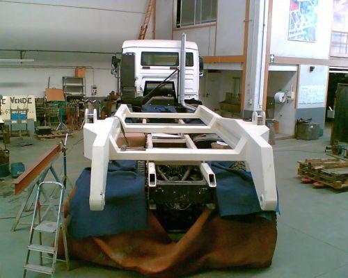Lastkraftwagen mit starrem Rahmen
