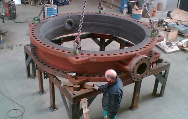 Large valves